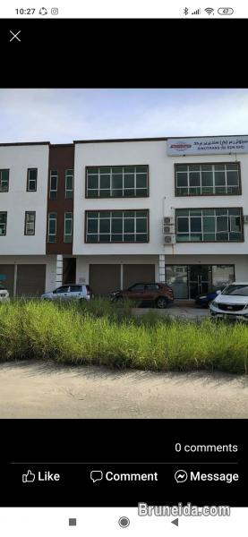 Pictures of Muara shophouse for rent