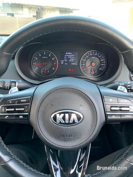 2018 Kia Stinger EX 2. 0 Turbo - image 5