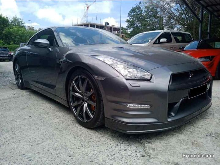 Pictures of Nissan GTR R35