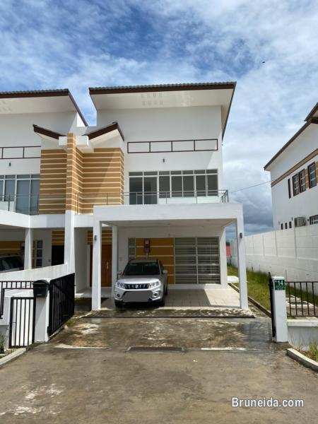 Picture of HFR-270 SNEW SEMI-D FOR RENT @ JERUDONG