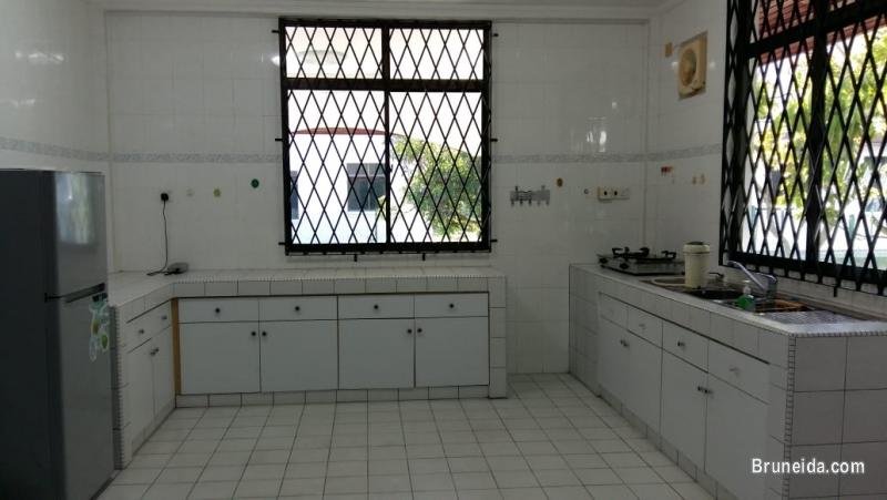 HFR-239  DETACHED HOUSE FOR RENT @ JERUDONG in Brunei Muara