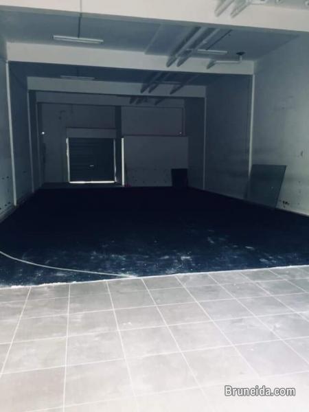 SFR-37  SHOPHOUSE FOR RENT IN TUNKGU LINK