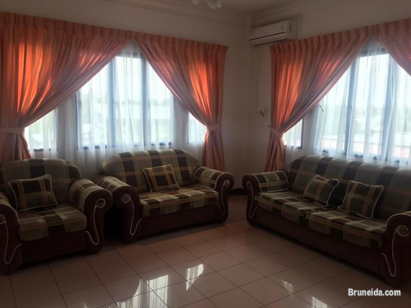 HFR-254  DETACHED HOUSE FOR RENT @ KG ORANG KAYA BESAR IMAS - image 2