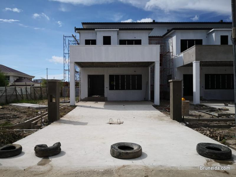 Picture of TH-39  TERRACE HOUSES FOR SALE @ KG . SG TAMPOI