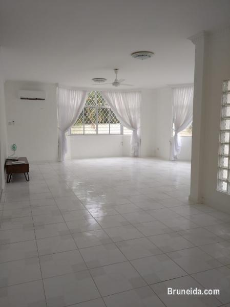 HFR-267   DETACHED HOUSE FOR RENT @ KG KAPOK in Brunei - image
