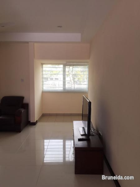 THREE STOREY APARTMENT FOR RENT AT BANDAR - FULLY FURNISHED