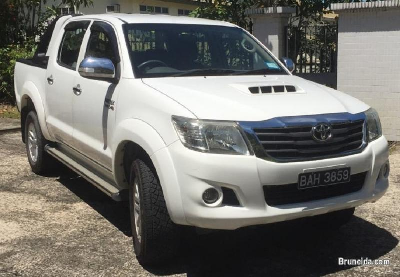 Picture of TOYOTA HILUX 4X4 Auto Turbo Diesel FOR SALE