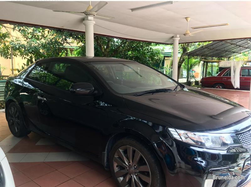 Kia cerato Koup 2011 1. 6L SX in Brunei Muara
