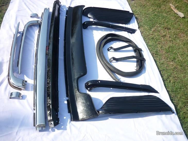 Mercedes W107 Bumper in Stainless steel in Brunei