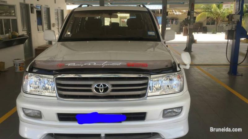 Picture of Toyota land cruiser VX Limited HDJ 101 for sale KB