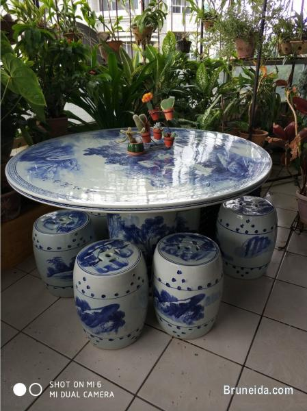 Picture Of Garden Furniture Table And Stools
