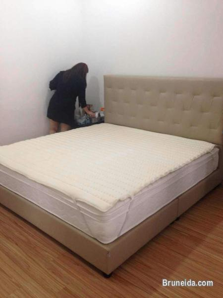 Simple Picture of Dreamland Mattress u Bed Frame