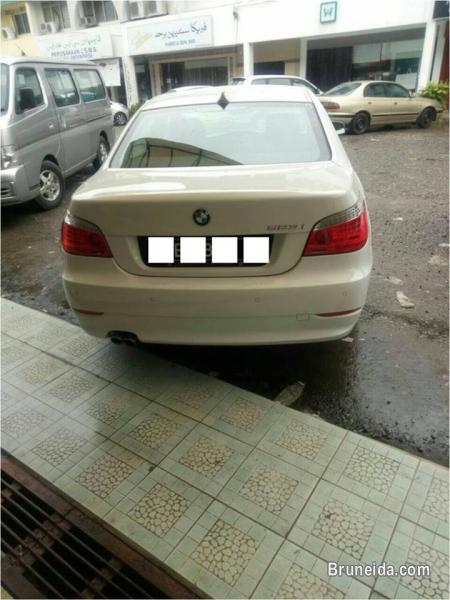 Picture of BMW 523i