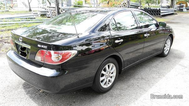 2005 LEXUS ES300 V6 AUTO in Brunei