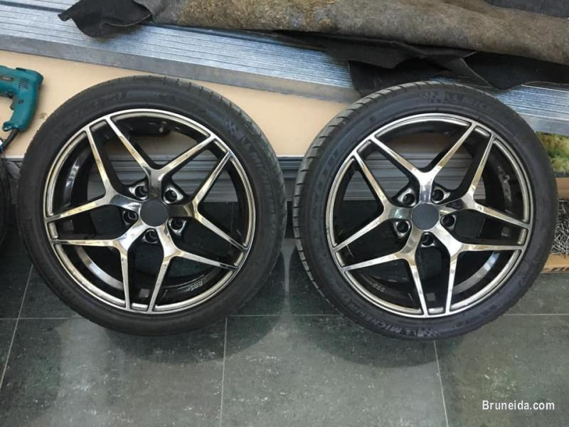 Rimsport BMW 18`` x 8`` ET35 PCD 5x120 for sell or swap. in Brunei Muara