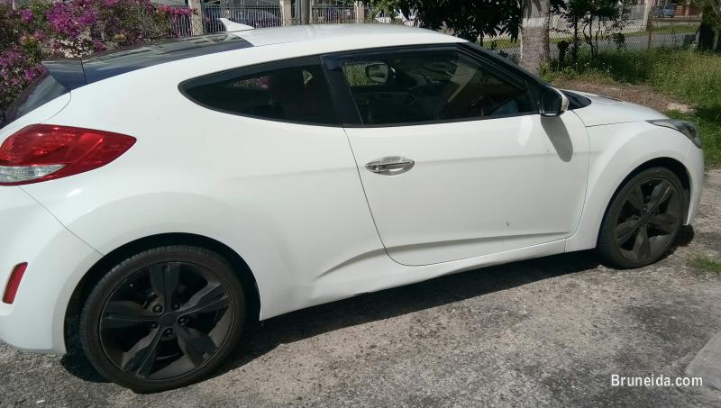 Picture of Hyundai Veloster for sale