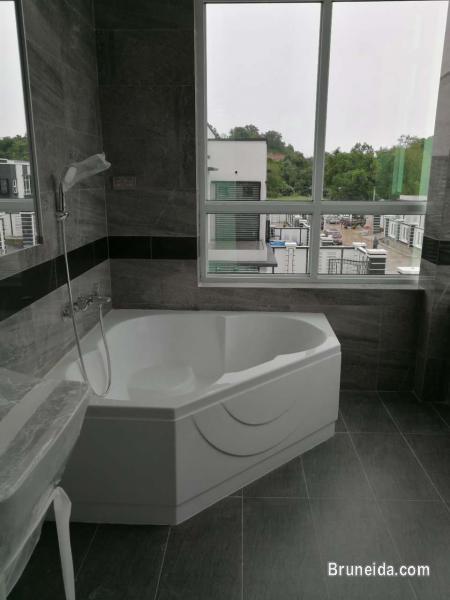 6B 7T JANGSAK HOUSE FOR SALE in Brunei Muara
