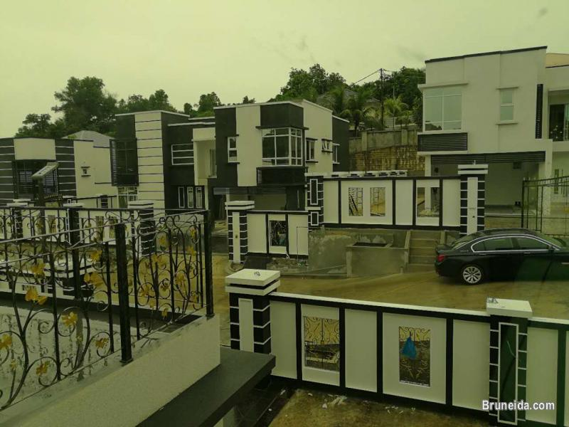 Picture of 6B 7T JANGSAK HOUSE FOR SALE in Brunei