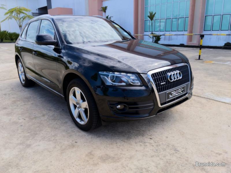 Picture of Audi Q5 Quattro 2012
