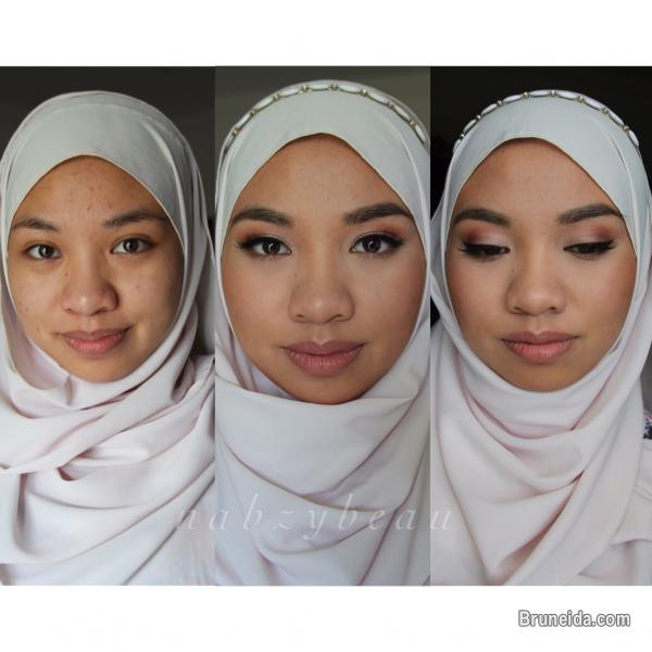 Pictures of Makeup Artist - weddings and makeup for flash photography