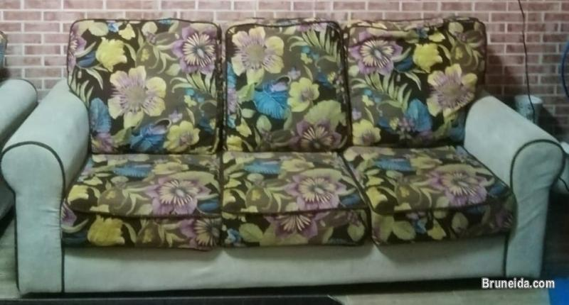 Picture of SOFA 1 SET $300