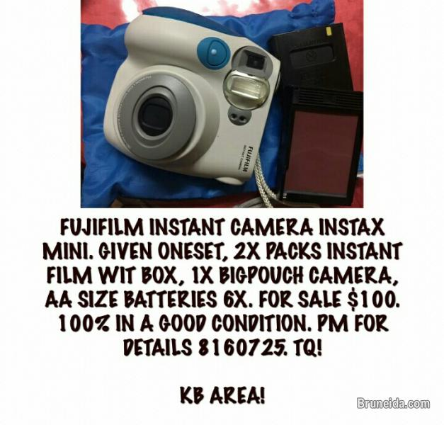 Pictures of FUJIFILM INSTANT CAMERA