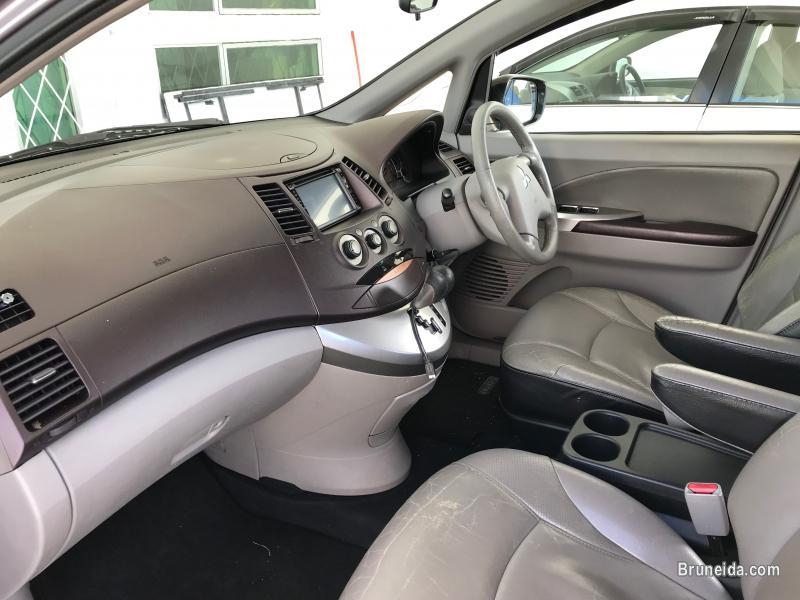 2005 Mitsubishi Grandis Auto 2. 4L