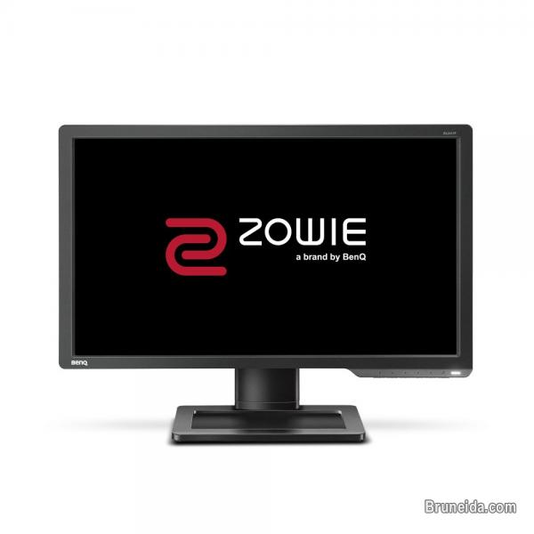 Pictures of BENQ ZOWIE XL2411 144Hz MONITOR FOR SALE