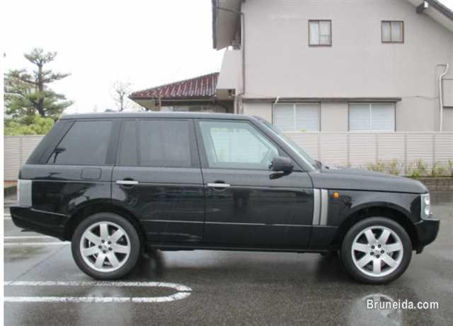 2005 Land Rover Range Rover in Brunei