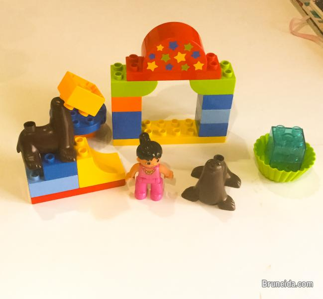Pictures of Lego duplo for sale