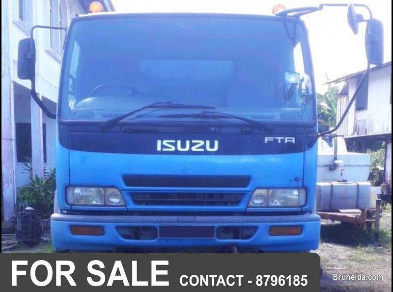 ISUZU FTR Lorry For Sale in Brunei Muara
