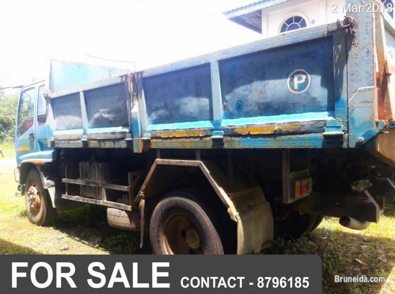 ISUZU FTR Lorry For Sale in Brunei