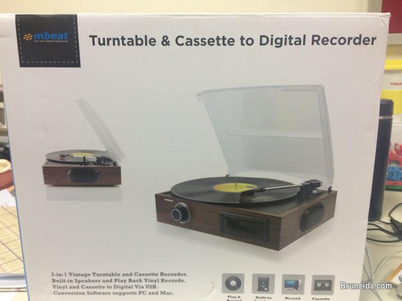 Pictures of Mbeat Turntable & Cassette to digital recorder