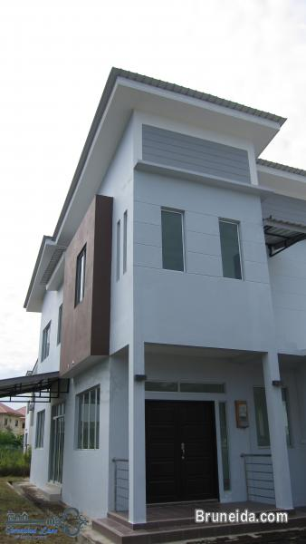 2-storey Detached House FOR RENT in Brunei Muara