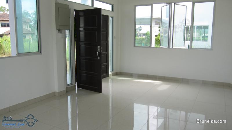 2-storey Detached House FOR RENT in Brunei