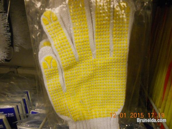 Pictures of Working Gloves