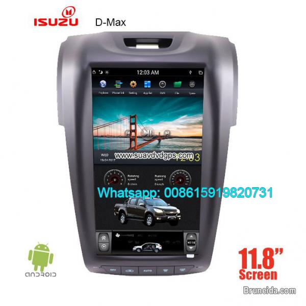 Picture of Isuzu D-max vertical Android car player