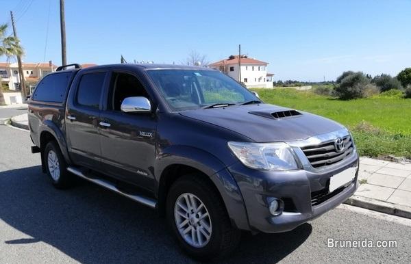 Toyota Hilux 3, 0L 2014 in Brunei
