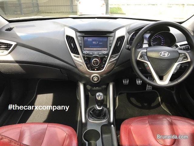 Picture of Hyundai Veloster 1. 6 manual model2012 in Brunei Muara