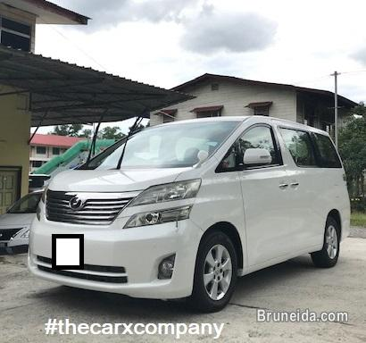 Picture of Toyota Vellfire 2. 4 auto model2010/2013