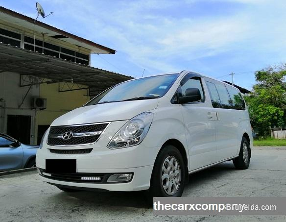 Picture of Hyundai H1 2. 5 auto Diesel model2013