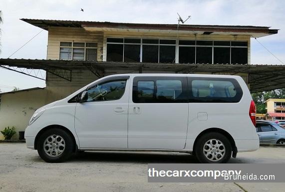 Price reduced! Hyundai H1 2. 5 auto Diesel model2013