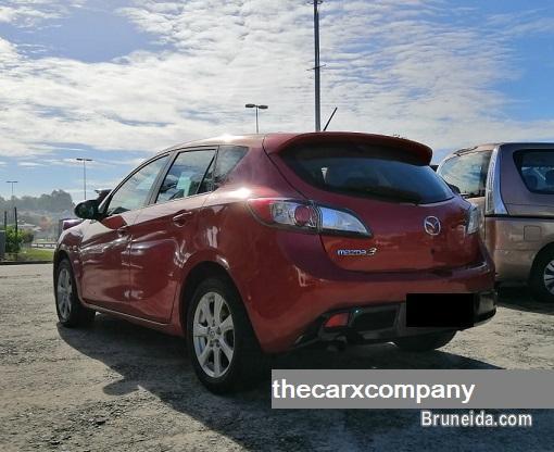 Mazda 3 1. 6 hatchback model2011 (Local) in Brunei Muara