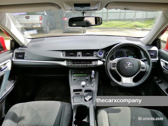 Lexus CT200H 1. 8 auto model2011 (Brunei used cars) in Brunei