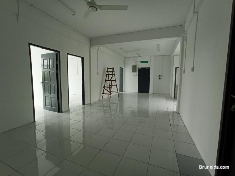 Comfy Home Real Estate - 4 units 3-storey shophouse for rent