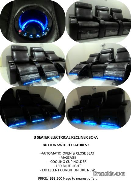 Picture of 3 SEATER ELECTRICAL RECLINER SOFA