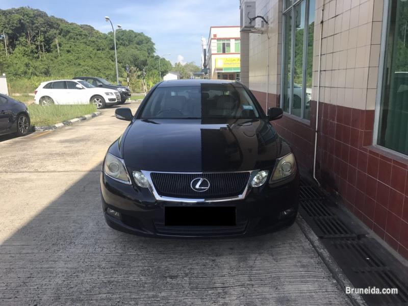 Selling LEXUS GS300, Superb Condition