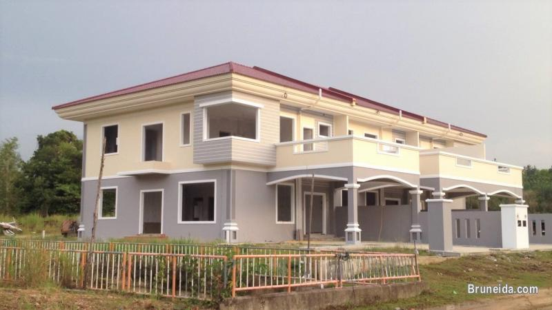 HOUSE FOR SALE - 2 UNITS LEFT!! ( MIDDLE HOUSE)